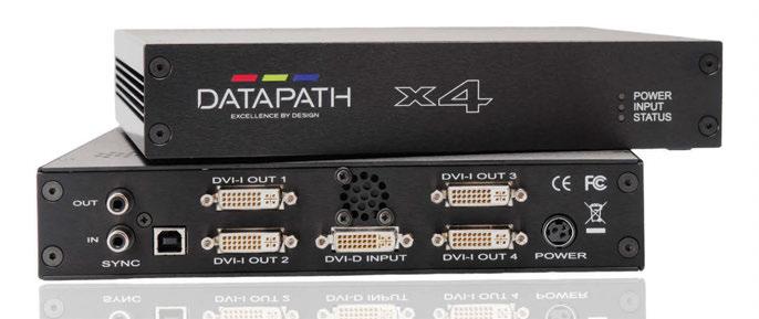 Il controller per videowall Datapath x4, qui nella versione compatta (235 x 175 x 44 mm): l'x4 accetta in ingresso segnali DVI singoli o Dual-Link e li distribuisce su quattro uscite DVI o RGB che pilotano altrettanti display; utilizzando uno specifico adattatore è possibile applicare al controller anche segnali in formato HDMI.