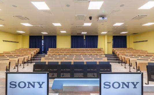 Le soluzioni AV Sony portano l'avanguardia all'Università San Raffaele
