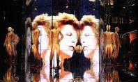 Il videomapping Panasonic rende omaggio al celebre cantante David Bowie