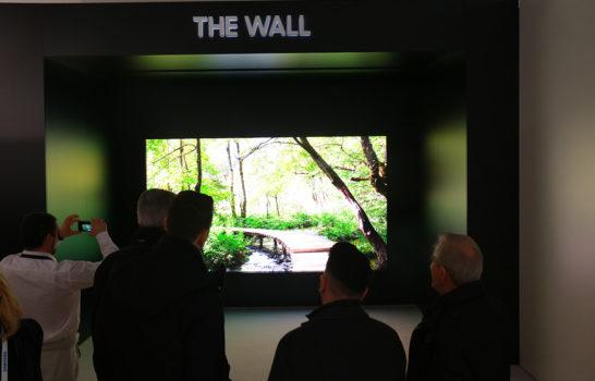 Tecnologia LED alla massima potenza: Samsung a ISE con gli effetti speciali