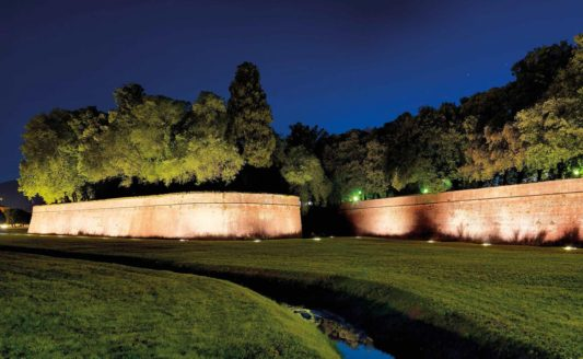 RTi e HDL per gestire l'illuminazione delle mura di Lucca