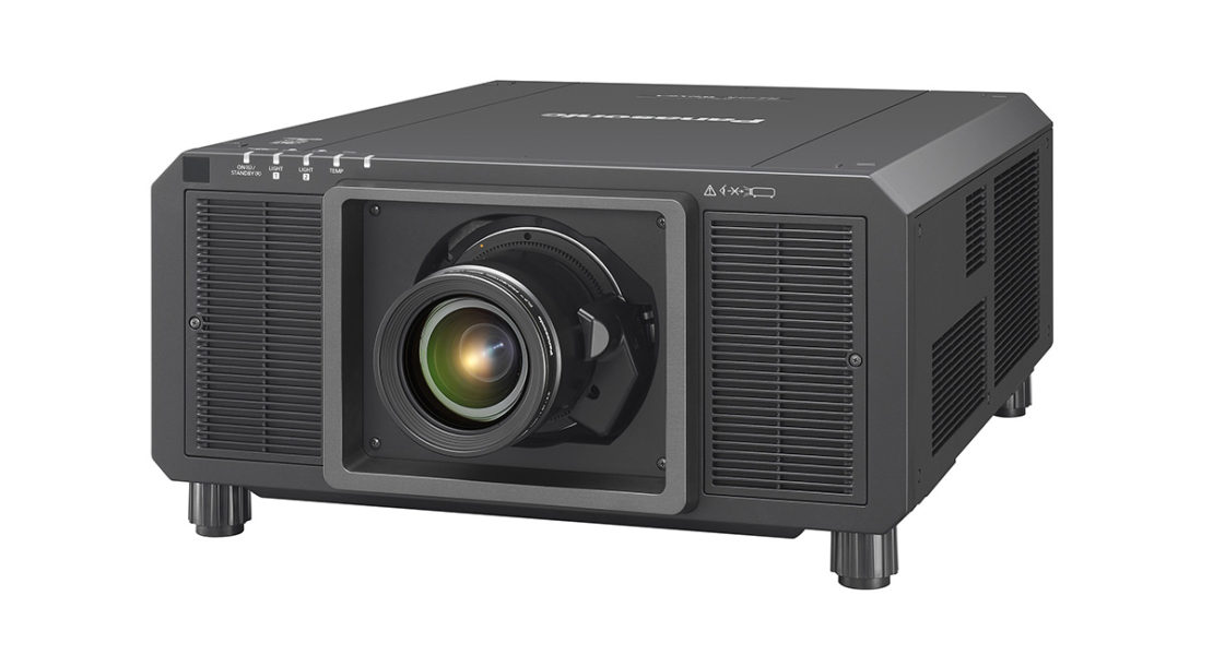 Panasonic PT-RQ22K: 3 chip DLP e laser in un corpo ultracompatto