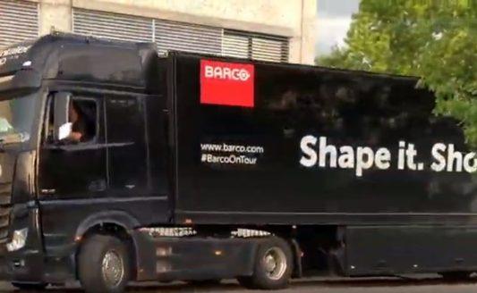 Il Truck di Barco presso le sede di COMM-TEC