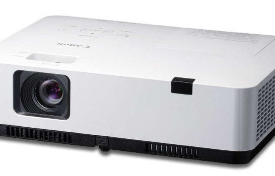 I soci perfetti – Canon, nuovi vpr a tre LCD