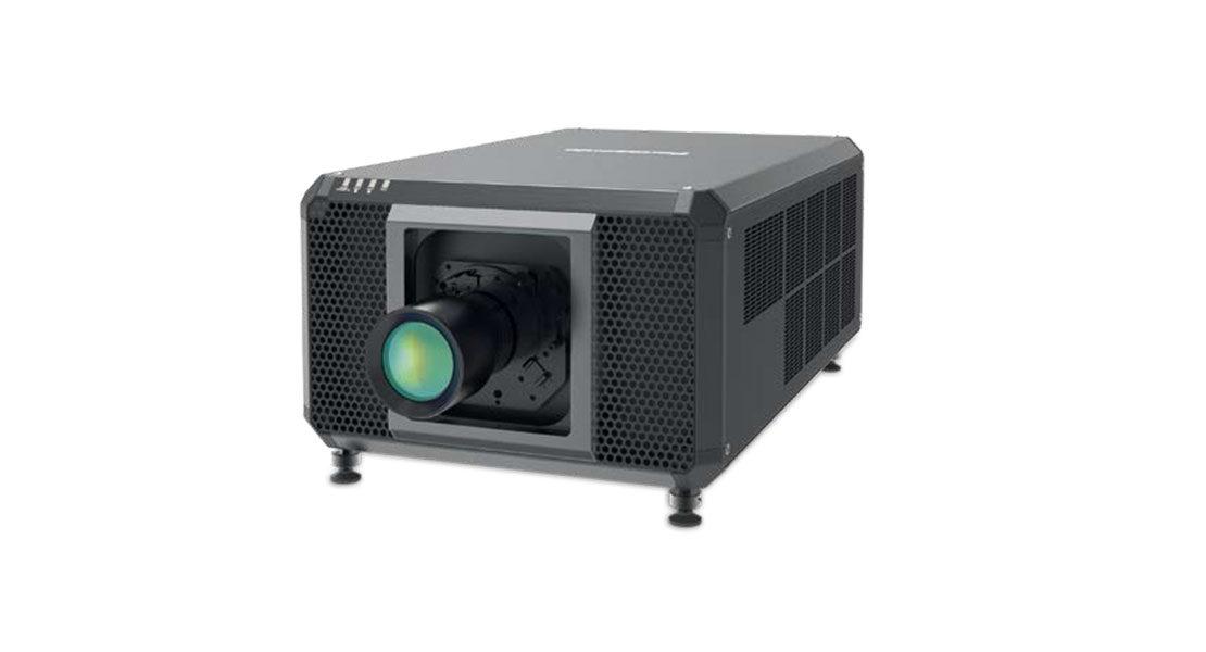 PT-RQ50K – Il nuovo vpr 4K da record di Panasonic. 50mila Lumen in formato compatto